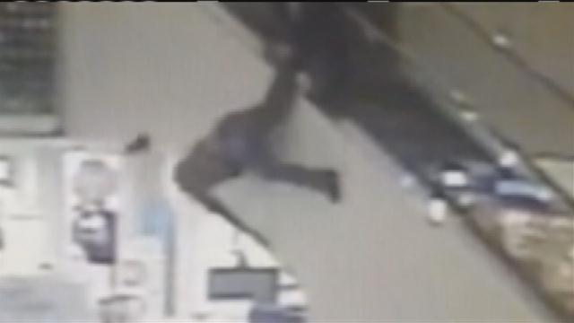 Mall Cop Jizzes Thief